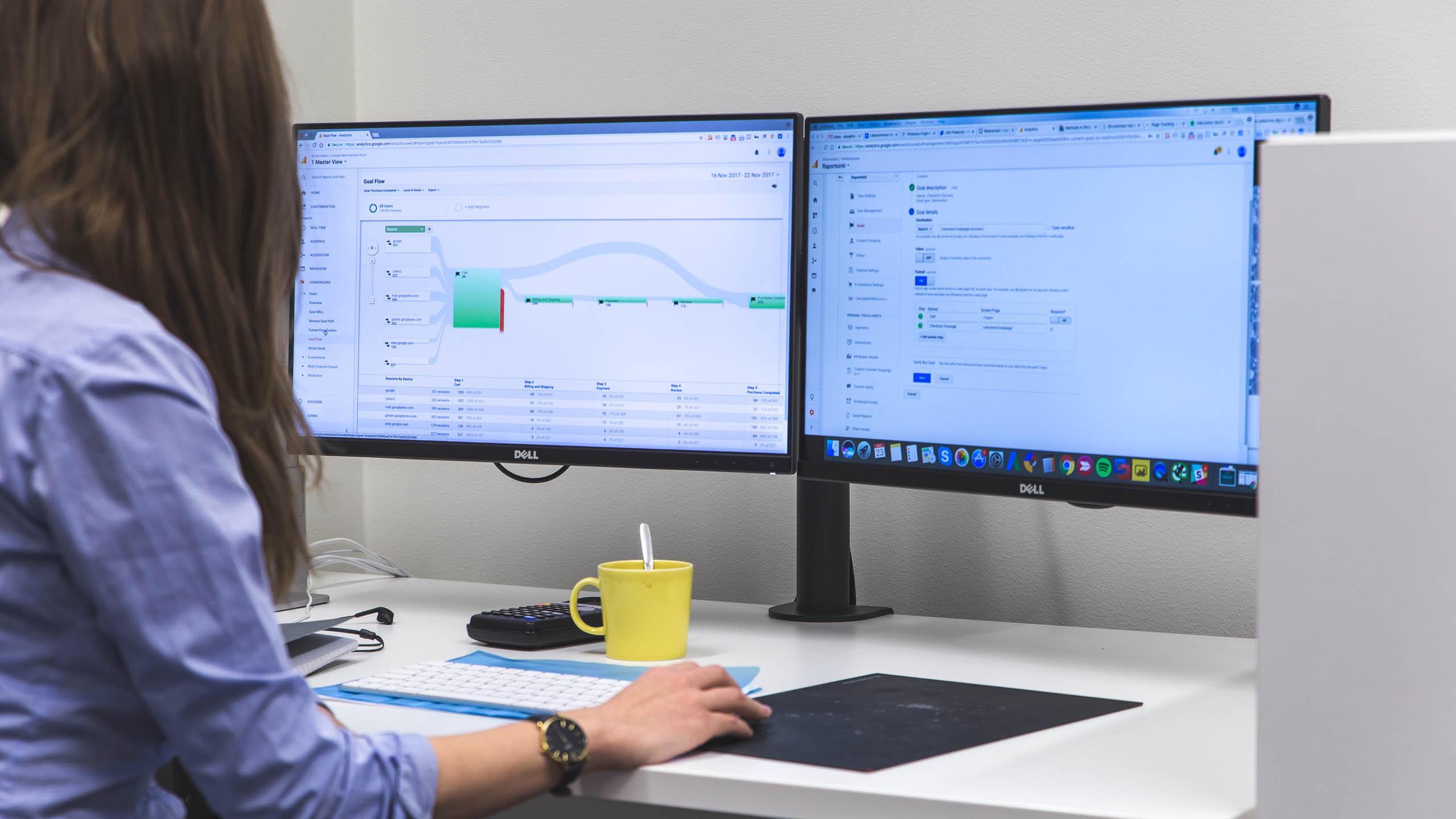 digitaalinen markkinointi ja analytiikka